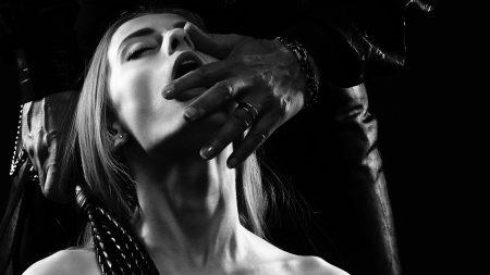 devote Sklavinnen